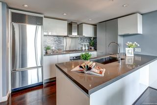 """Photo 8: 2108 788 RICHARDS Street in Vancouver: Downtown VW Condo for sale in """"L'HERMITAGE"""" (Vancouver West)  : MLS®# R2618878"""