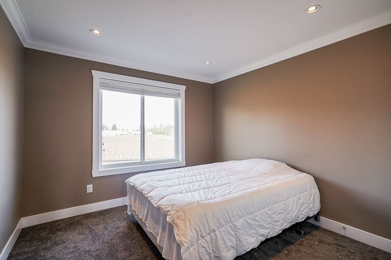 Photo 14: Photos: 1458 GLADWIN Road in Abbotsford: Poplar House for sale : MLS®# R2547303