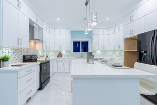 Photo 14: 906 ALDERSON Avenue in Coquitlam: Maillardville House for sale : MLS®# R2403911
