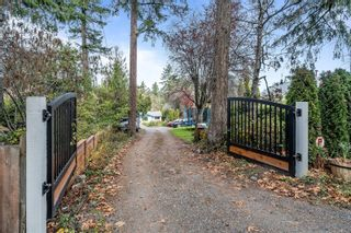 Photo 2: 940 Arundel Dr in : SW Portage Inlet House for sale (Saanich West)  : MLS®# 863550