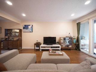 """Photo 5: 1351 W 8TH Avenue in Vancouver: Fairview VW Townhouse for sale in """"FAIRVIEW VILLAGE"""" (Vancouver West)  : MLS®# R2578868"""
