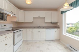 Photo 12: 301 9993 Fourth St in Sidney: Si Sidney North-East Condo for sale : MLS®# 840246
