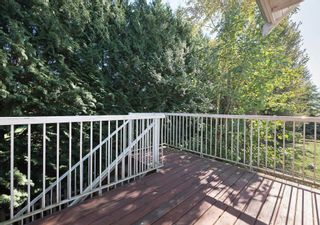 """Photo 8: 11 1108 RIVERSIDE Close in Port Coquitlam: Riverwood Townhouse for sale in """"HERITAGE MEADOWS"""" : MLS®# R2217321"""