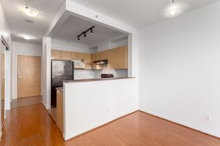 "Photo 3: 302 8288 SABA Road in Richmond: Brighouse Condo for sale in ""THE CHANCELLOR"" : MLS®# R2241325"