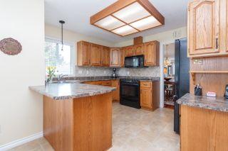 Photo 10: One owner Dean Park Home on Quiet Cul-de-Sac