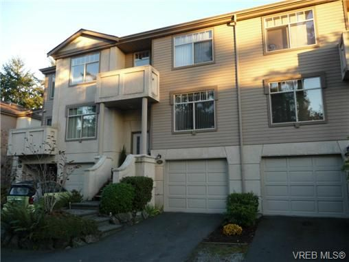 Main Photo: 902 288 Eltham Rd in VICTORIA: VR View Royal Row/Townhouse for sale (View Royal)  : MLS®# 654891