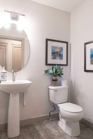 Photo 11: 2803 15 Street in Edmonton: Zone 30 House Half Duplex for sale : MLS®# E4263064