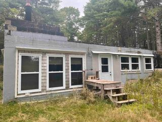 Photo 1: 4428 hwy 210 in Buckfield: 406-Queens County Residential for sale (South Shore)  : MLS®# 202125032