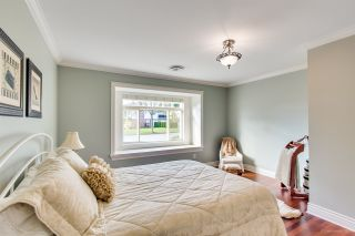 """Photo 35: 3689 LYNNDALE Crescent in Burnaby: Government Road House for sale in """"Government Road Area"""" (Burnaby North)  : MLS®# R2315113"""