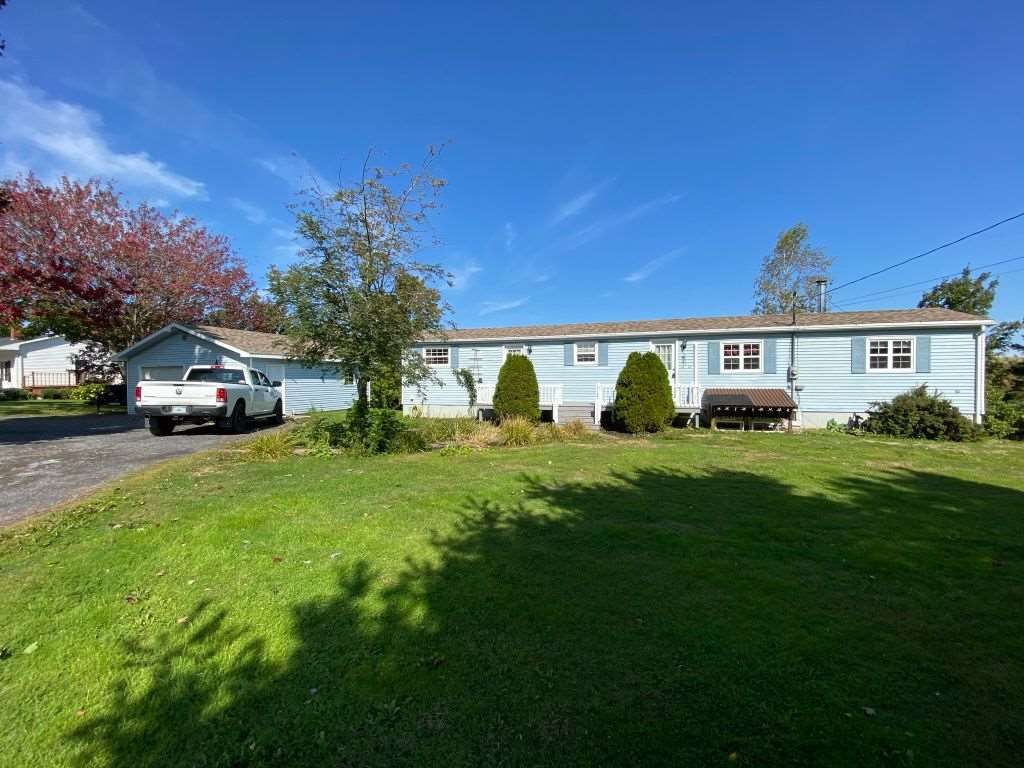 Main Photo: 1641 Lakewood Road in Steam Mill: 404-Kings County Residential for sale (Annapolis Valley)  : MLS®# 202019826