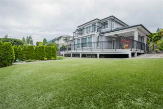 Photo 1: 231 KENSINGTON Crescent in North Vancouver: Upper Lonsdale House for sale : MLS®# R2548802