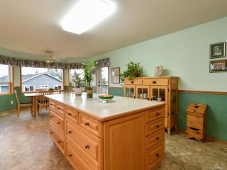 Photo 10: 2355 Strawberry Pl in CAMPBELL RIVER: CR Willow Point House for sale (Campbell River)  : MLS®# 830896