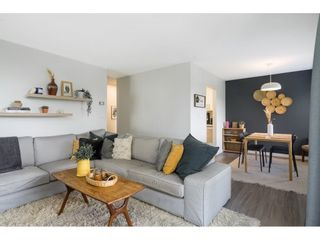 """Photo 10: 302 1720 SOUTHMERE Crescent in White Rock: Sunnyside Park Surrey Condo for sale in """"Capstan Way"""" (South Surrey White Rock)  : MLS®# R2602939"""