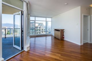 """Photo 4: 2301 6188 WILSON Avenue in Burnaby: Metrotown Condo for sale in """"JEWEL I"""" (Burnaby South)  : MLS®# R2202465"""