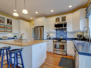 Photo 14: 7146 Wallace Dr in : CS Brentwood Bay House for sale (Central Saanich)  : MLS®# 878217