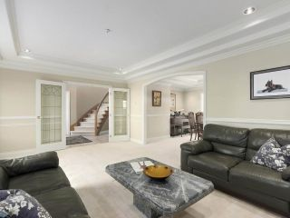 Photo 3: 1918 W 44TH Avenue in Vancouver: Kerrisdale House for sale (Vancouver West)  : MLS®# R2462762