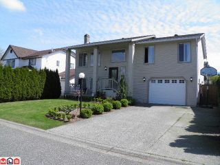 Photo 1: 7140 CIRCLE DR in Sardis: Sardis West Vedder Rd House for sale : MLS®# H1201981