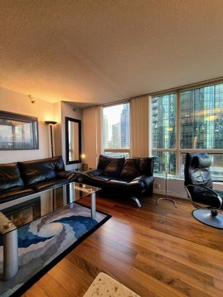 """Photo 8: 603 555 JERVIS Street in Vancouver: Coal Harbour Condo for sale in """"HARBOUR SIDE TOWER"""" (Vancouver West)  : MLS®# R2536707"""