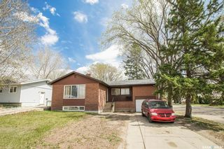 Photo 1: 202 Vancouver Avenue North in Saskatoon: Mount Royal SA Residential for sale : MLS®# SK859253