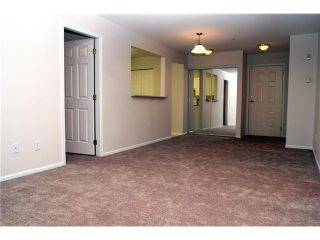 """Photo 4: 204 1369 56TH Street in Tsawwassen: Cliff Drive Condo for sale in """"Windsor Woods"""" : MLS®# V862254"""