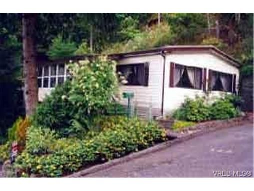Main Photo: 132 2500 Florence Lake Rd in VICTORIA: La Florence Lake Manufactured Home for sale (Langford)  : MLS®# 332975