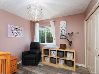 Photo 13: 1 2650 Shelbourne St in : Vi Oaklands Row/Townhouse for sale (Victoria)  : MLS®# 850293