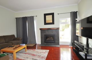 """Photo 6: 13 2980 MARINER Way in Coquitlam: Ranch Park Townhouse for sale in """"Mariner Mews"""" : MLS®# R2545748"""