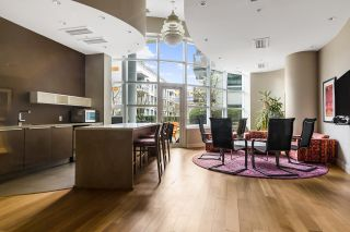 "Photo 39: 1101 1661 ONTARIO Street in Vancouver: False Creek Condo for sale in ""SAILS"" (Vancouver West)  : MLS®# R2559779"