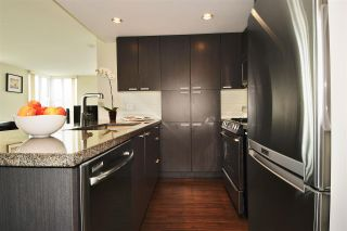"""Photo 3: 1901 2200 DOUGLAS Road in Burnaby: Brentwood Park Condo for sale in """"AFFINITY"""" (Burnaby North)  : MLS®# R2002231"""