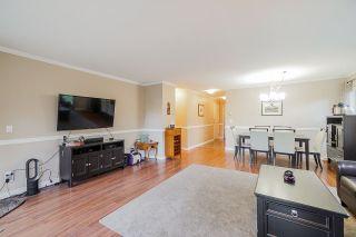 "Photo 5: 106 7435 121A Street in Surrey: West Newton Condo for sale in ""Strawberry Hills Estates"" : MLS®# R2422525"