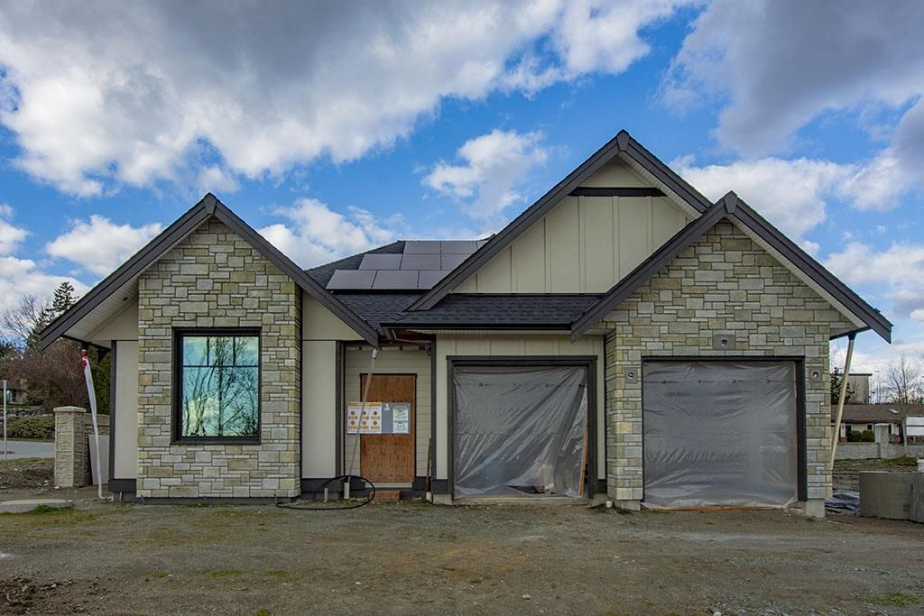"""Main Photo: 29559 CORVINA Court in Abbotsford: Aberdeen House for sale in """"The Vine at Pepin Brook"""" : MLS®# R2550031"""