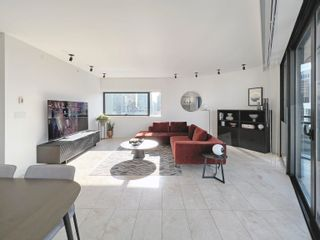 """Photo 4: 2205 838 W HASTINGS Street in Vancouver: Downtown VW Condo for sale in """"JAMESON HOUSE"""" (Vancouver West)  : MLS®# R2625326"""