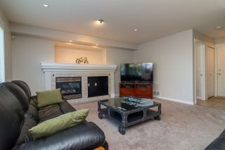 """Photo 9: 6632 206 Street in Langley: Willoughby Heights House for sale in """"BERKSHIRE"""" : MLS®# R2113542"""