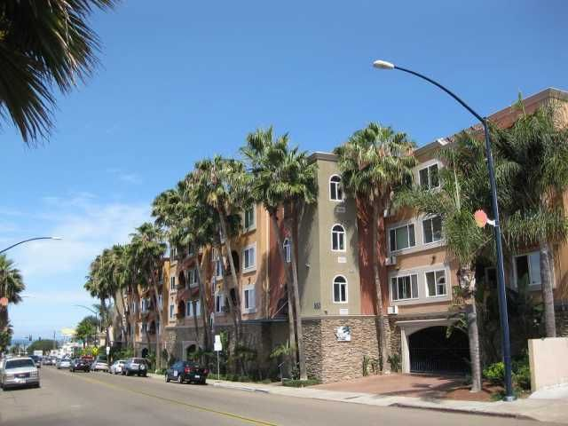 Main Photo: PACIFIC BEACH Condo for sale : 1 bedrooms : 860 Turquoise St #131