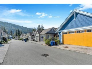"""Photo 40: 5440 PEACH Road in Chilliwack: Vedder S Watson-Promontory House for sale in """"River's Edge"""" (Sardis)  : MLS®# R2615072"""