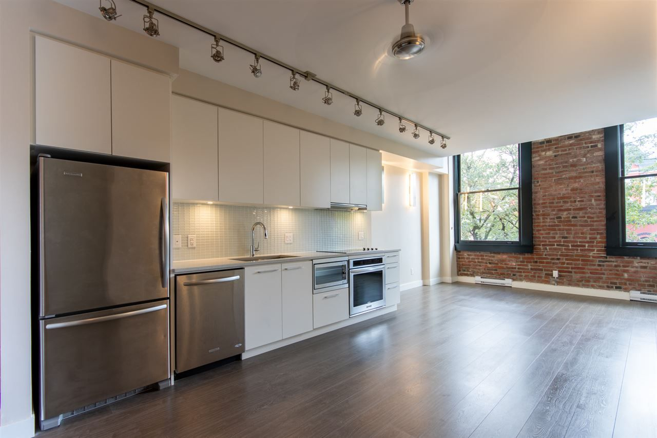 Main Photo: 409 668 COLUMBIA STREET in New Westminster: Quay Condo for sale : MLS®# R2411789