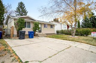 Photo 38: 418 SMALLWOOD Crescent in Saskatoon: Confederation Park Residential for sale : MLS®# SK873758