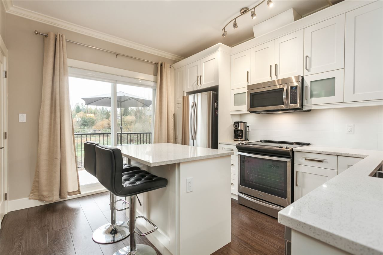 """Photo 3: Photos: 123 10151 240 Street in Maple Ridge: Albion Townhouse for sale in """"ALBION STATION"""" : MLS®# R2124549"""
