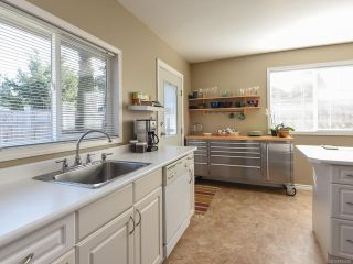 Photo 6: 528 3rd St in COURTENAY: CV Courtenay City House for sale (Comox Valley)  : MLS®# 835838
