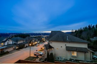 "Photo 29: 4 HICKORY Drive in Port Moody: Heritage Woods PM House for sale in ""Echo Ridge- Heritage Mountain"" : MLS®# R2428559"