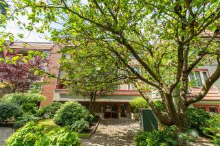 """Photo 34: 135 7651 MINORU Boulevard in Richmond: Brighouse South Condo for sale in """"CYPRESS POINT"""" : MLS®# R2486779"""