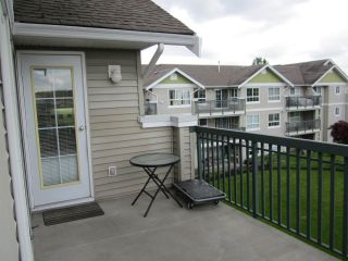 "Photo 14: 313 6336 197 Street in Langley: Willoughby Heights Condo for sale in ""The Rockport"" : MLS®# R2166525"