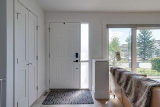 Photo 4: 9615 Oakfield Drive SW in Calgary: Oakridge Detached for sale : MLS®# A1123389
