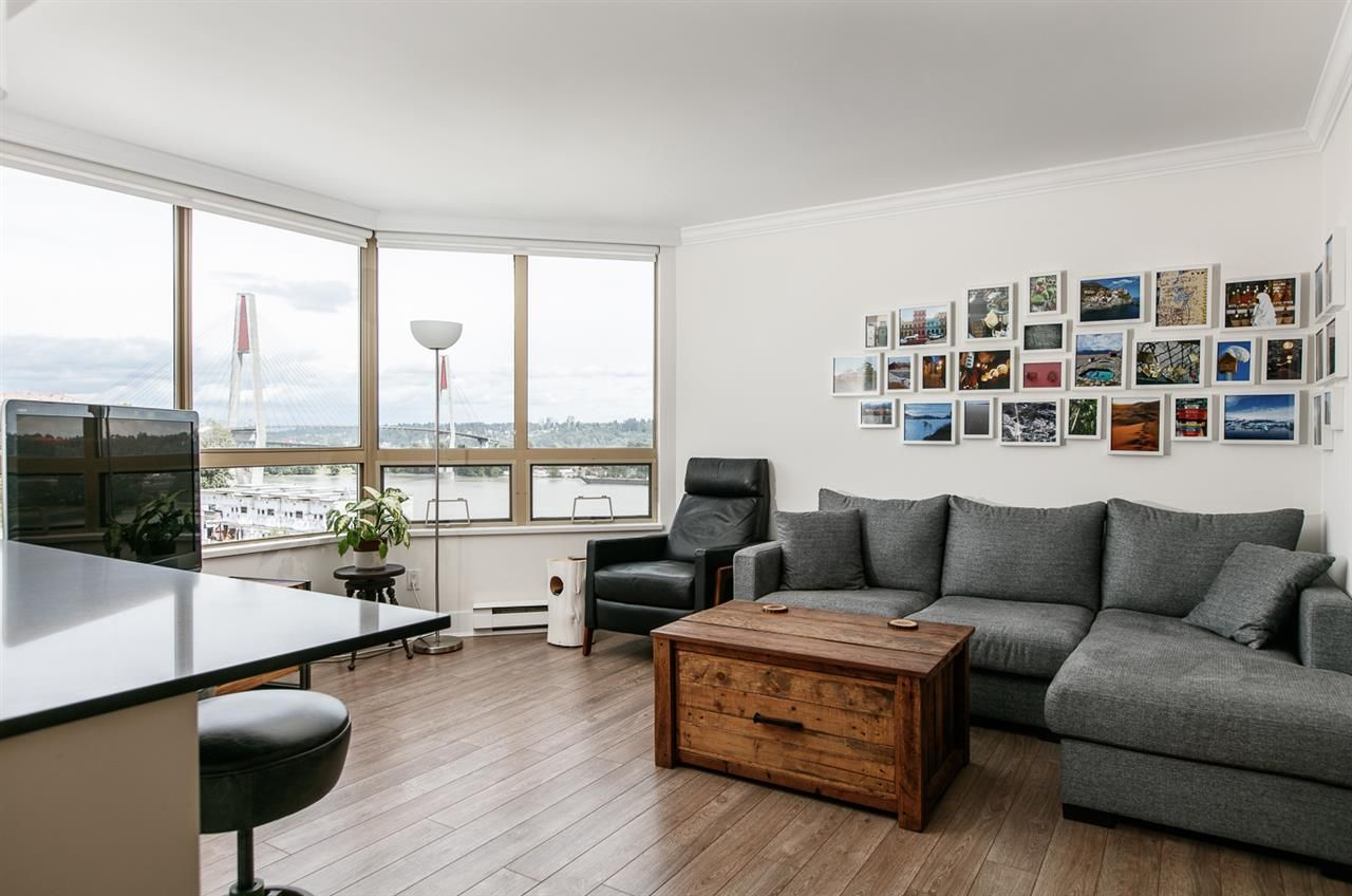 """Photo 6: Photos: 500 328 CLARKSON Street in New Westminster: Downtown NW Condo for sale in """"HIGHBOURNE TOWER"""" : MLS®# R2305428"""