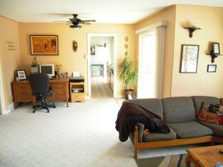 Photo 3: 138 River Springs Drive in WSTPAUL: Middlechurch / Rivercrest Residential for sale (Winnipeg area)  : MLS®# 1307288