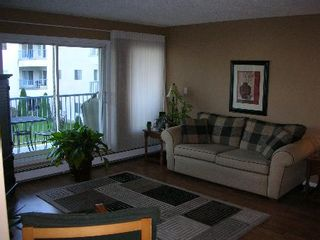 Photo 2: #211, 11915 - 106 AVENUE: House for sale (Queen Mary Park)