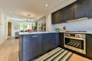 Photo 12: 5528 OAK Street in Vancouver: Cambie Townhouse for sale (Vancouver West)  : MLS®# R2545156