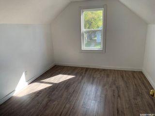 Photo 8: 926 Lillooet Street West in Moose Jaw: Westmount/Elsom Residential for sale : MLS®# SK871383