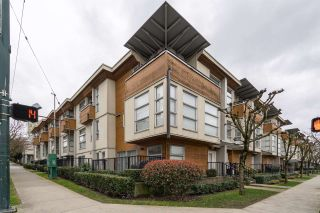 Photo 19: 34 638 W 6TH Avenue in Vancouver: Fairview VW Townhouse for sale (Vancouver West)  : MLS®# R2445915