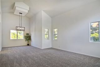 Photo 5: 856 Porter Way in Fallbrook: Residential for sale (92028 - Fallbrook)  : MLS®# 180009143